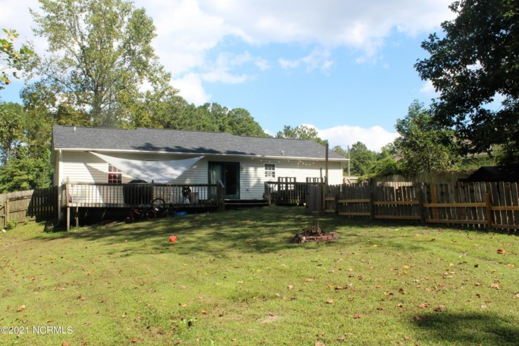 125 Sweetwater Drive, Jacksonville, NC 28540