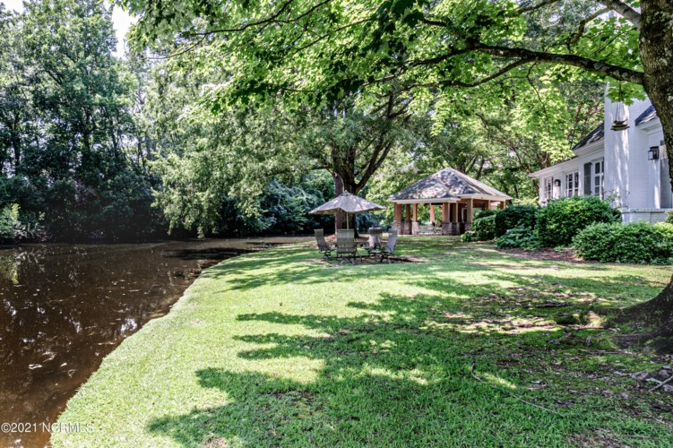 3105 Copperfield Road, Greenville, NC 27834