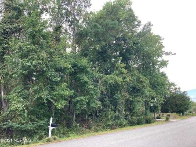 35 S Belvedere Drive, Hampstead, NC 28443