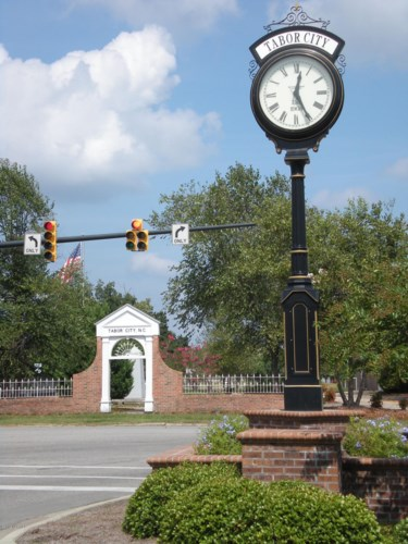 46 Creekwood Lane, Tabor City, NC 28463