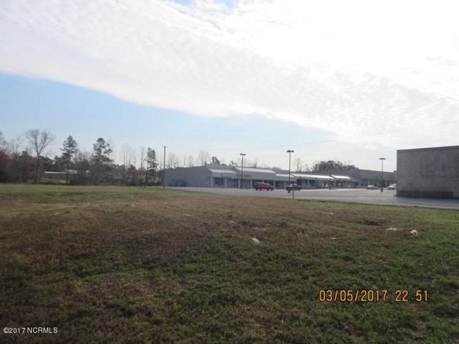 0 Us Hwy 117  N, Burgaw, NC 28425