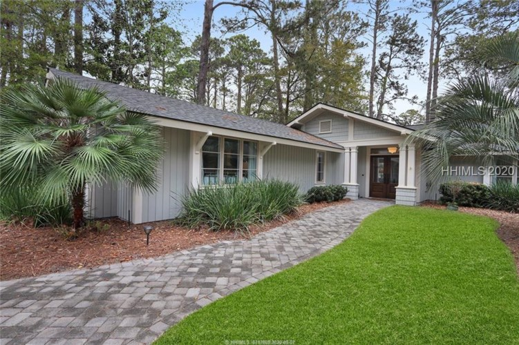 9 Willow Oak Road, Hilton Head Island, SC 29928