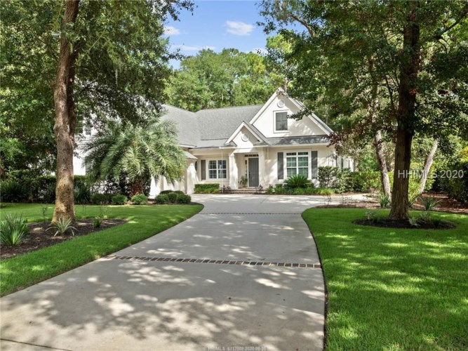 6 Stonewall Cir, Hilton Head Island, SC 29926