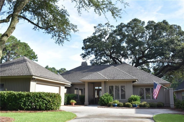 10 Country Club Court, Hilton Head Island, SC 29926