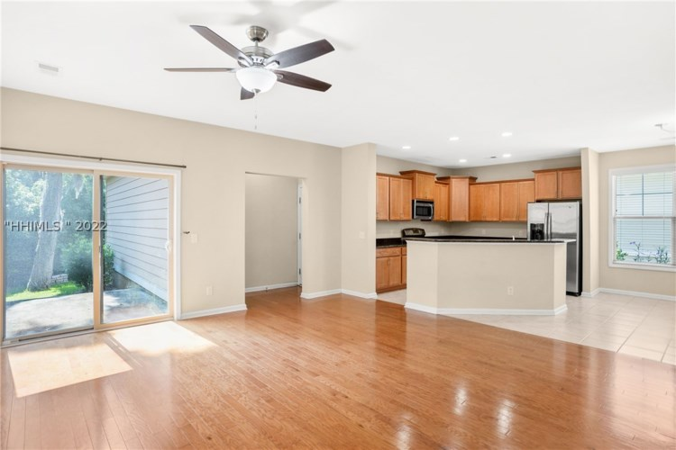 136 Wrights Point Dr, Beaufort, SC 29902