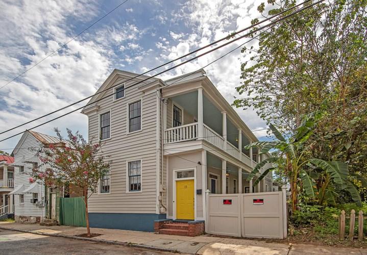 13 Hampden Court, Charleston, SC 29403