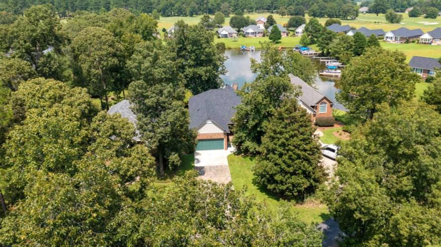 12 Ridge Lake Drive, Manning, SC 29102