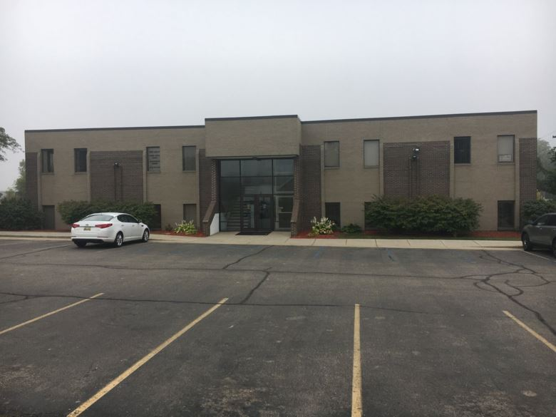 6035 Executive Dr, Lansing, MI 48911