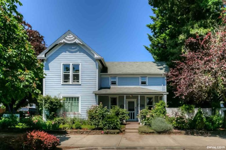 573 S Front St, Woodburn, OR 97071