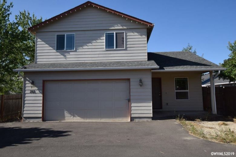 733 Walker Rd, Lebanon, OR 97355