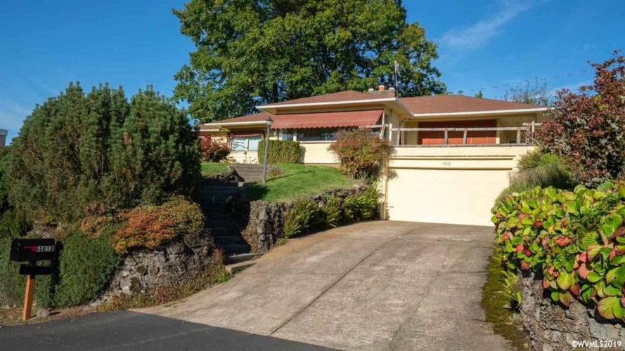 1912 NW Ramsey Dr, Portland, OR 97229