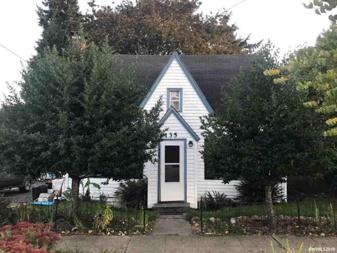135 Clay St, Monmouth, OR 97361