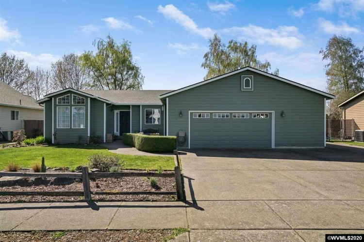 1163 N Gardner Av, Stayton, OR 97383