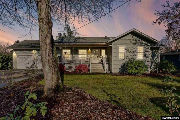 1367 Redwood St NW, Salem, OR 97304