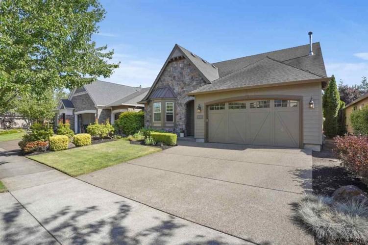 414 Troon Av, Woodburn, OR 97071