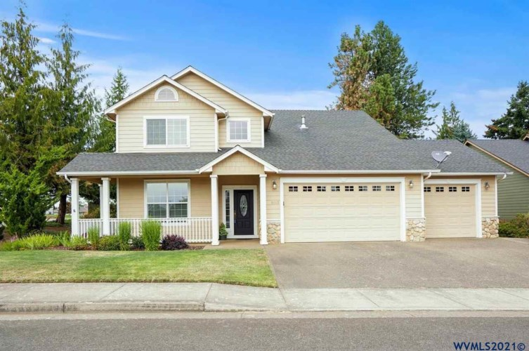 1013 Pine View Dr, Sublimity, OR 97385