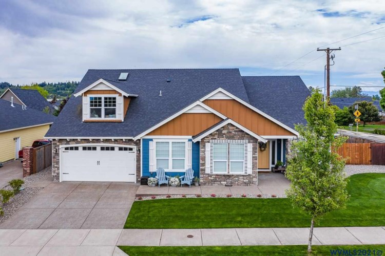 5047 North Park Ct, Albany, OR 97321