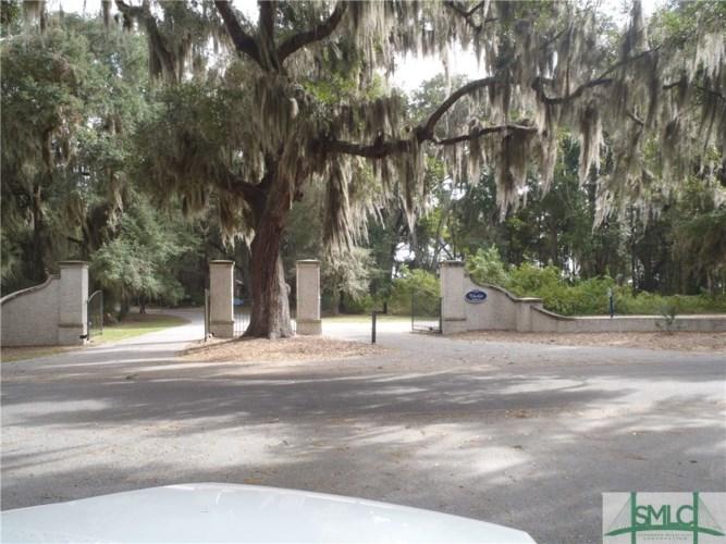 55 Mission Drive, Darien, GA 31305