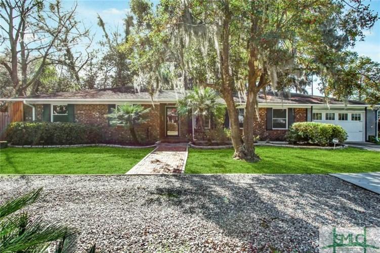 2221 Bonaventure Road, Savannah, GA 31404