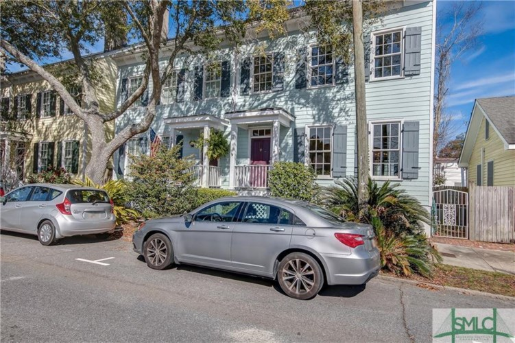 536 E Harris Street, Savannah, GA 31401