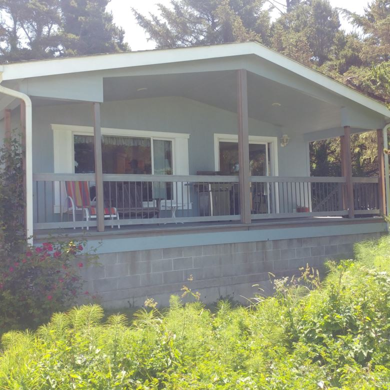 86 NW Spencer St, Yachats, OR 97498