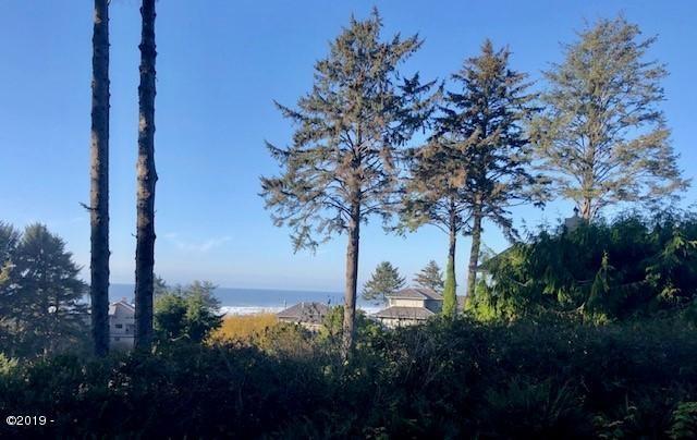 125 W. Bay Point Road, Gleneden Beach, OR 97388