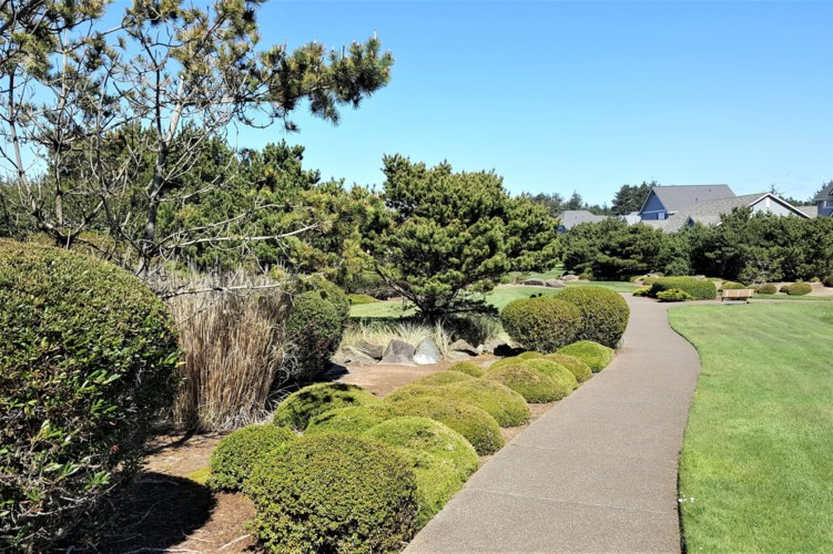 Lot 127 SW Cupola Place, South Beach, OR 97366