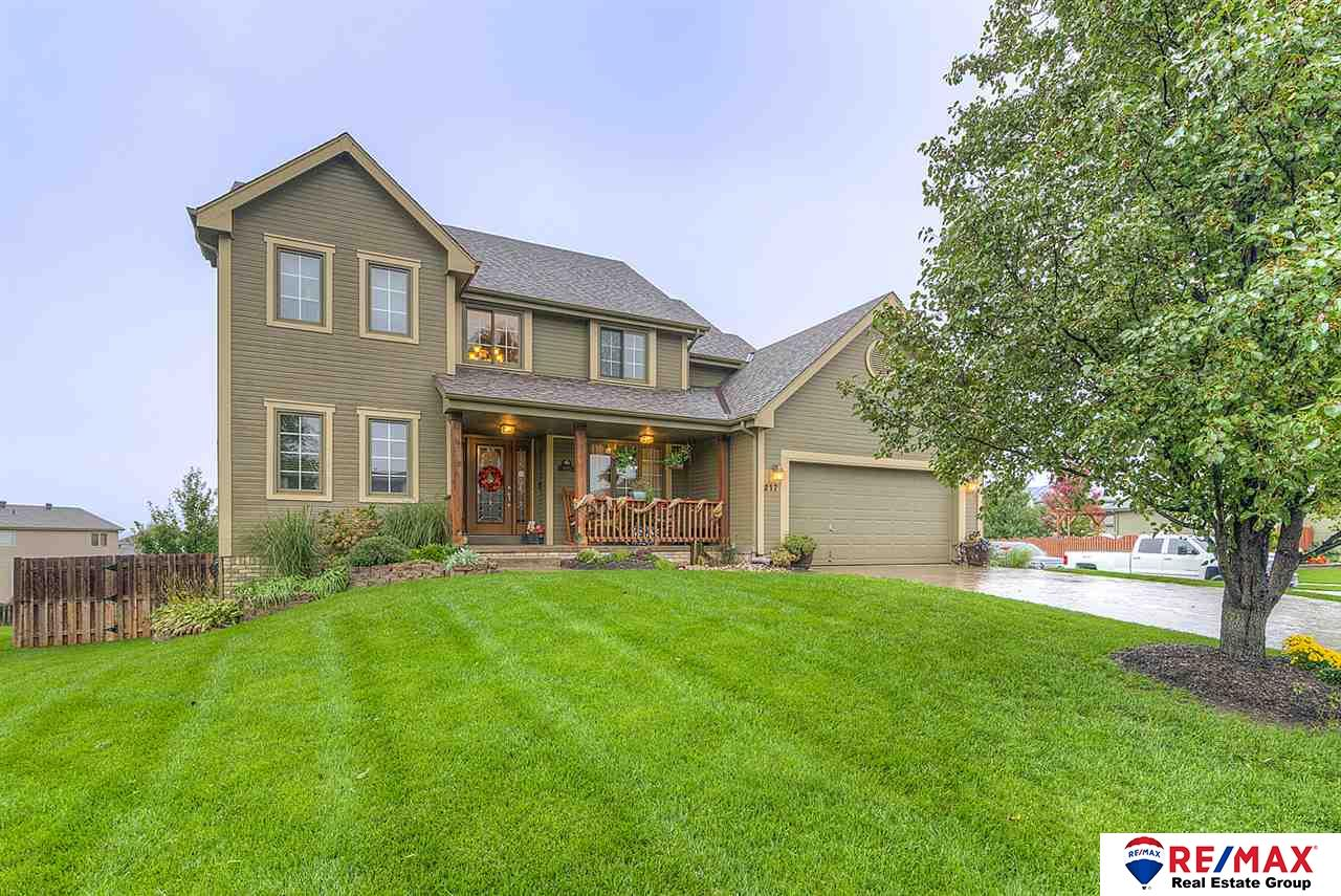 217 Allison Avenue, Papillion, NE 68133