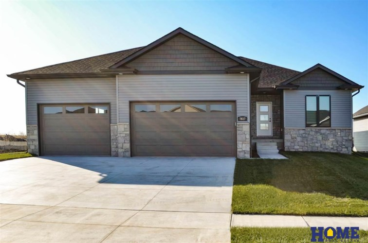 7617 Lilee Lane, Lincoln, NE 68516