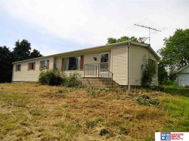 2304 Sunrise Road, Milford, NE 68405
