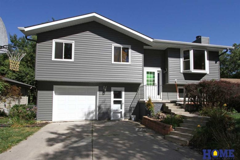 5400 London Road, Lincoln, NE 68516