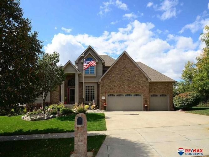 5415 Sawgrass Drive, Lincoln, NE 68526