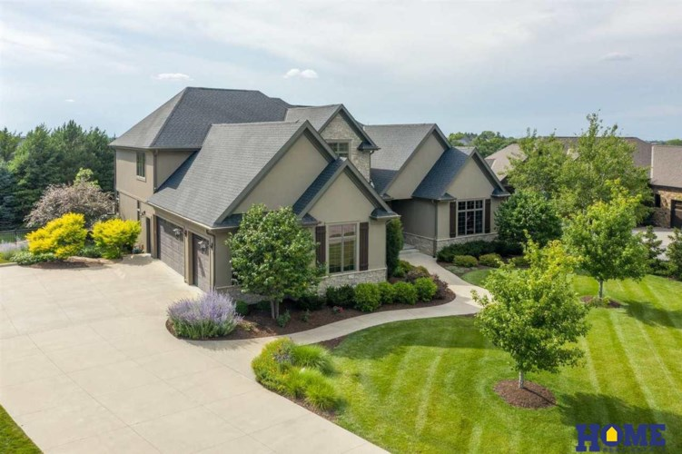 5421 S 93rd Place, Lincoln, NE 68526