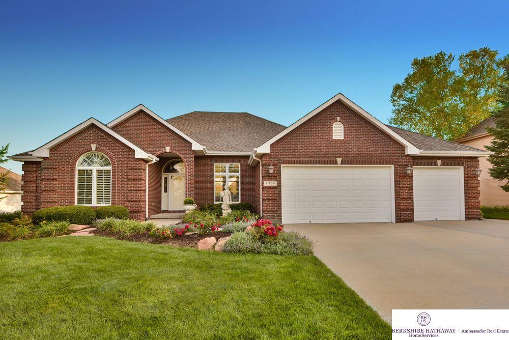 11824 Deer Creek Drive, Omaha, NE 68142