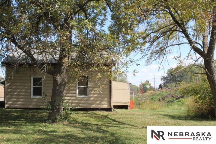 409 E CAMPBELL Street, Murray, NE 68409
