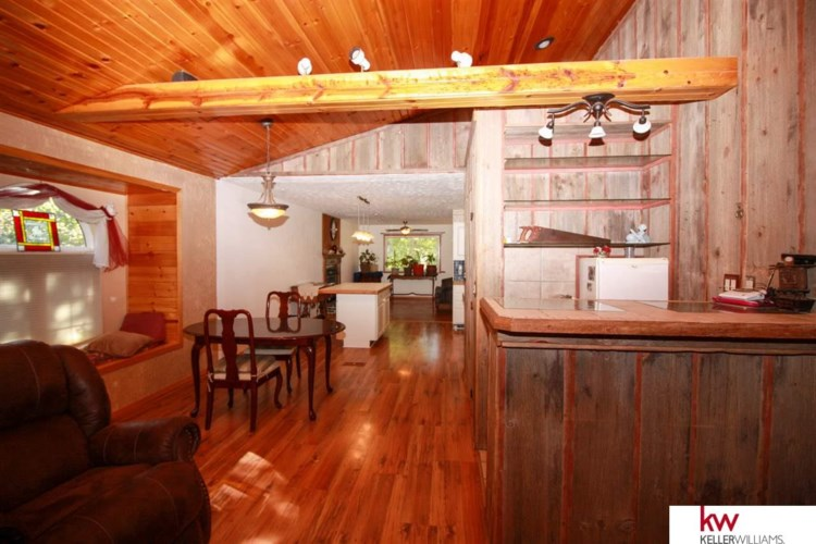 105 Laura Lane Circle, Ceresco, NE 68107