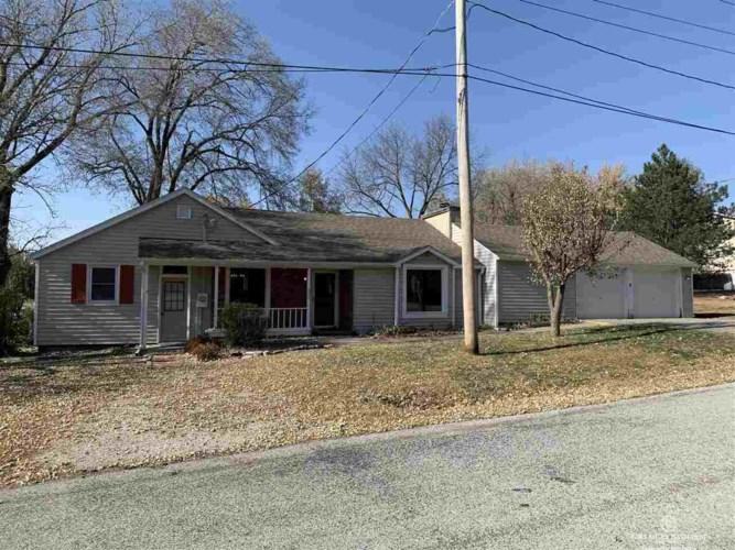 670 Garden Street, Bennet, NE 68317