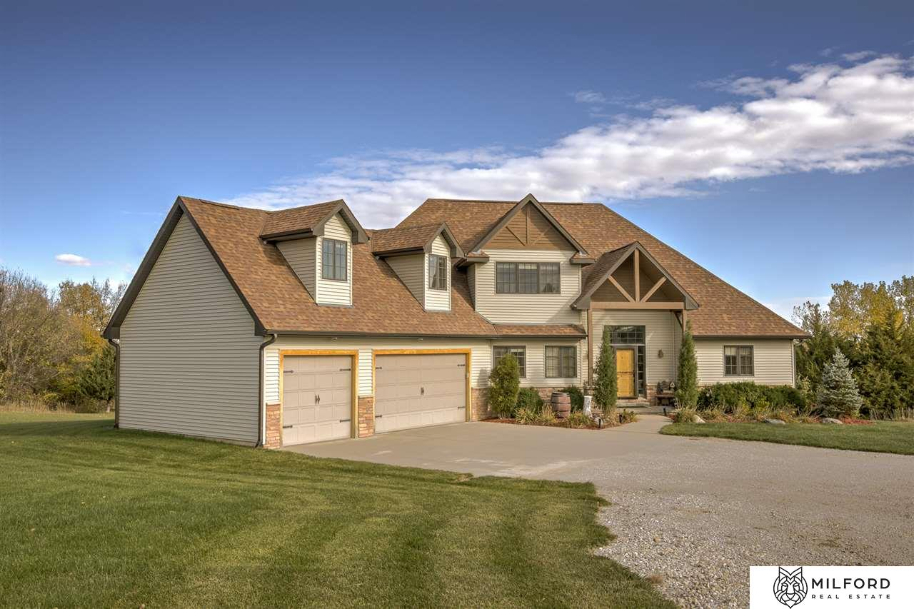 5884 High Pasture Drive, Fort Calhoun, NE 68023