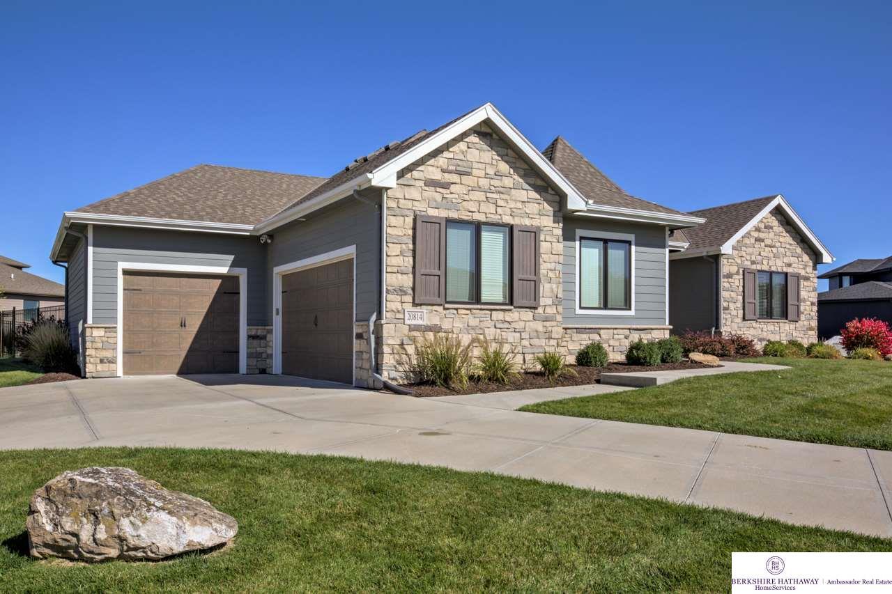 20814 Frances Circle, Omaha, NE 68022