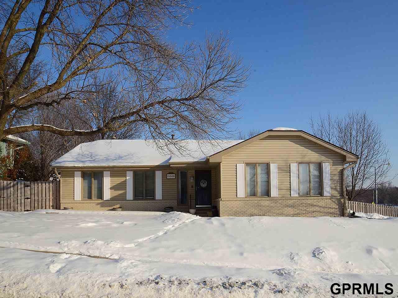 15508 Leavenworth Street, Omaha, NE 68154