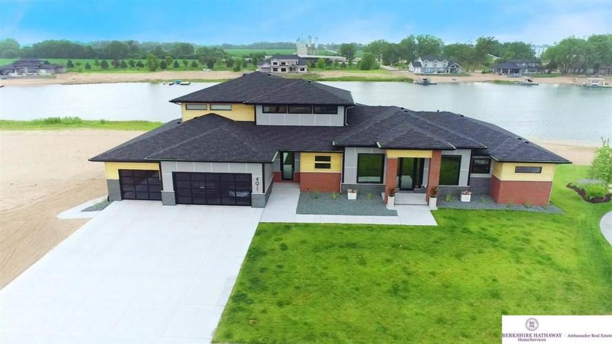 491 Sandy Pointe Circle, Ashland, NE 68003