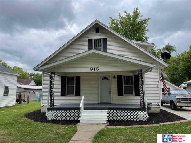 915 3rd Street, Milford, NE 68405