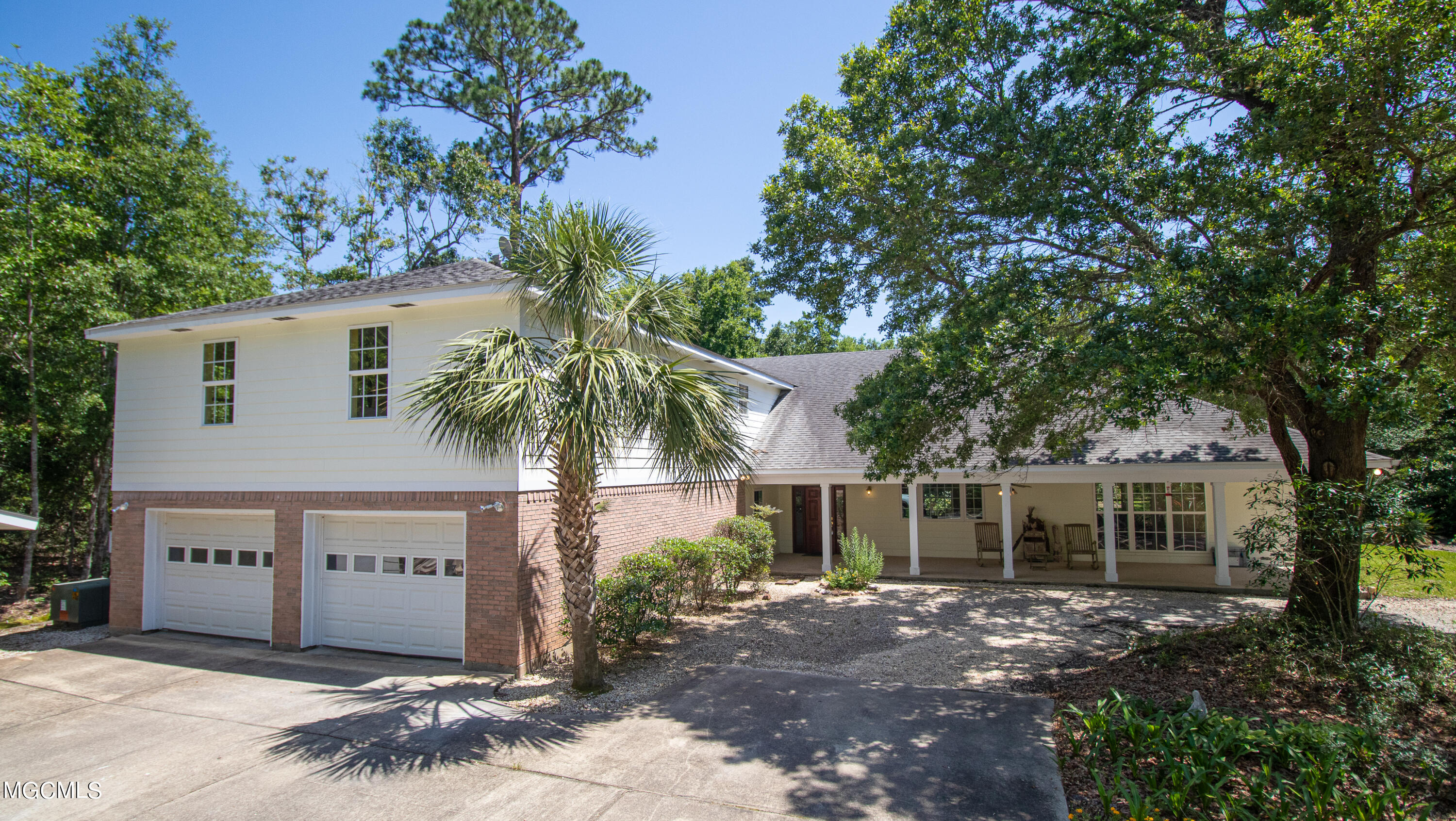 422 St Augustine Ave, Long Beach, MS 39560