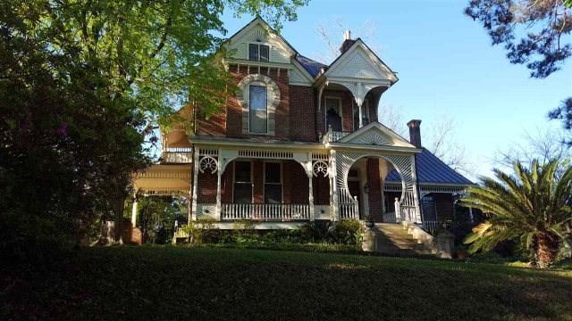 1016 Main Street, Natchez, MS 39120