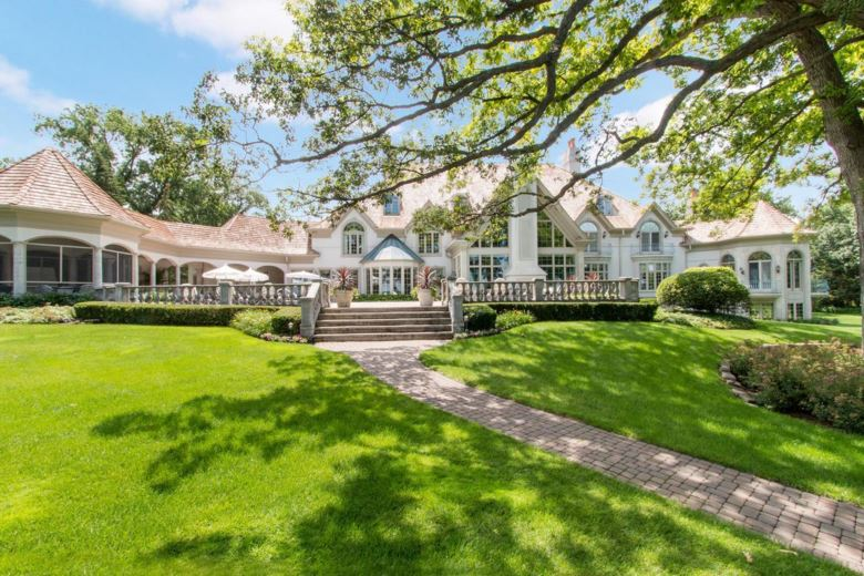 W4396 Basswood Dr, Lake Geneva, WI 53147