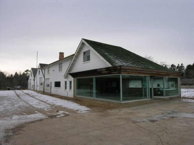 3000 Forest Ave, Two Rivers, WI 54241