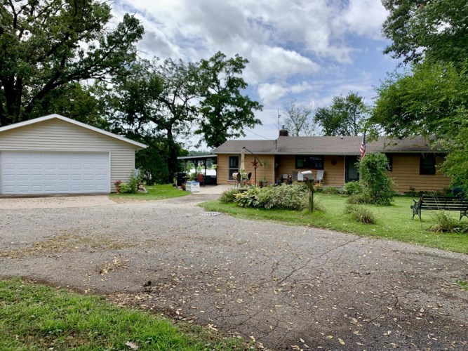 17407 Cottage Ave, Galesville, WI 54630