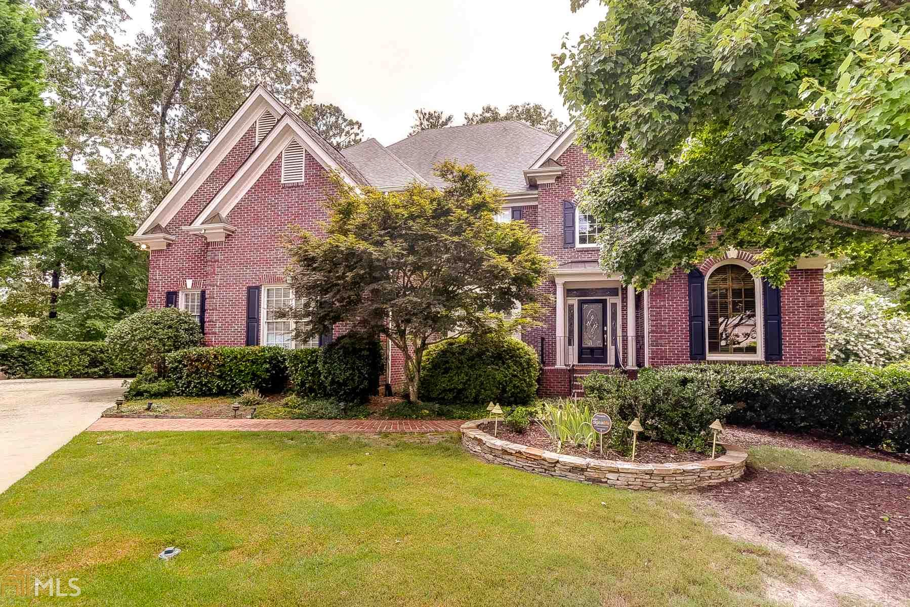 5095 Eves Pl, Roswell, GA 30076