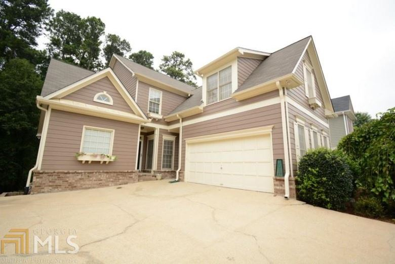 282 Ivy Glen Cir, Avondale Estates, GA 30002