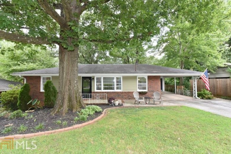 896 Gaylemont Cir, Decatur, GA 30033